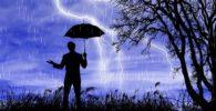 Porqué los santeros no se pueden mojar en la lluvia