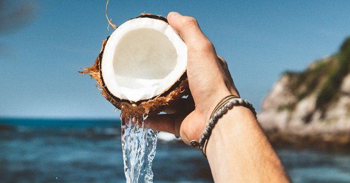 Baño con agua de coco