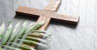 Cruz de cedro