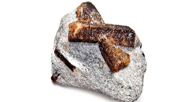 Piedras con forma de cruz
