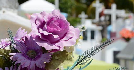 Flores funeral significado